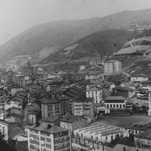 The Eibar of the early twentieth century, the bustling industrial hive where Orbea was born and grew to stature