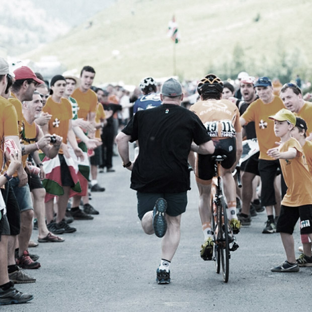 Orange is Euskadi, and Euskadi is pure cycling in full swing at the Tour