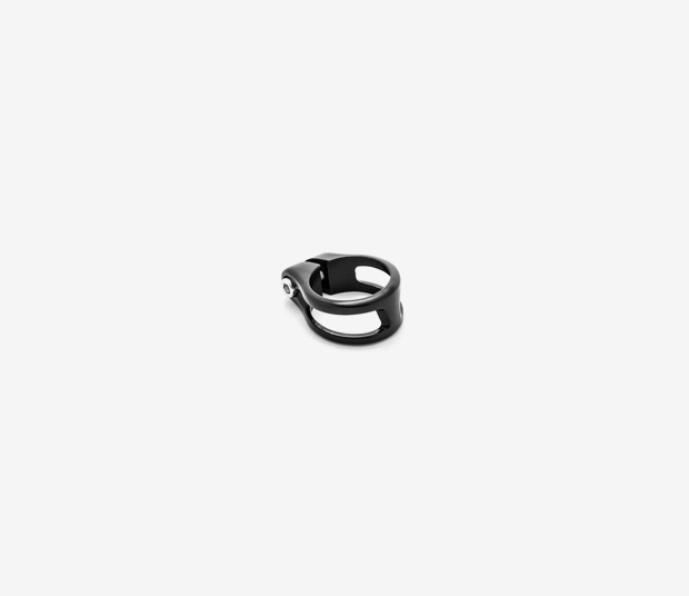 Alma Seat Post Clamp Black